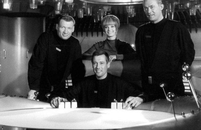 Die Crew des Raumschiffs Orion (Quelle: © ARD)