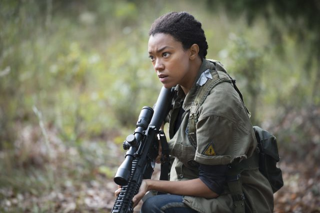 Sonequa Martin-Green als Sasha in The Walking Dead. (Quelle: © AMC)